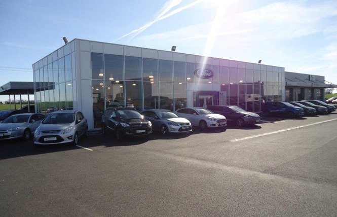 Ford Rent Niort 2 - Chauray